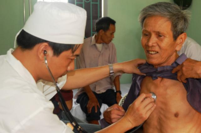 10 Penyakit Dibalik Nyeri Dada Sebelah Kiri Aladokter