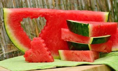 buah sebagai makanna penambah darah