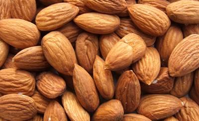 makanan penambah darah kacang almond