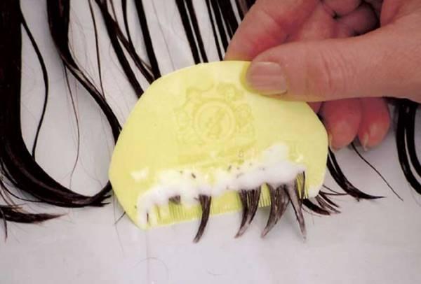 mengatasi penyebab kutu rambut