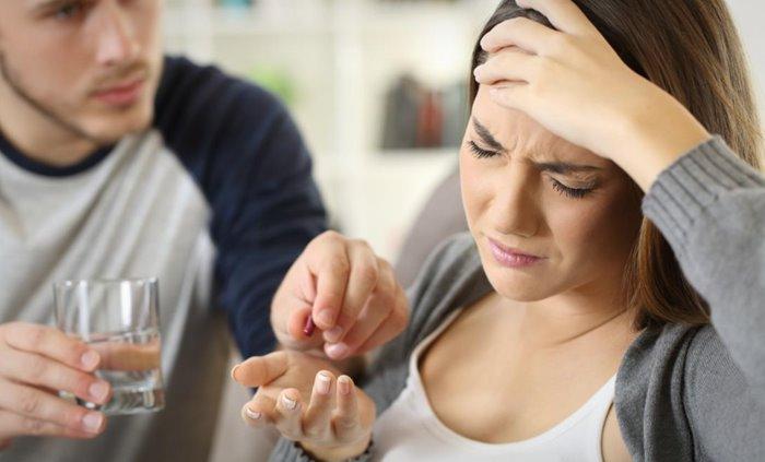 penyebab sakit kepala dan muntah aladokter