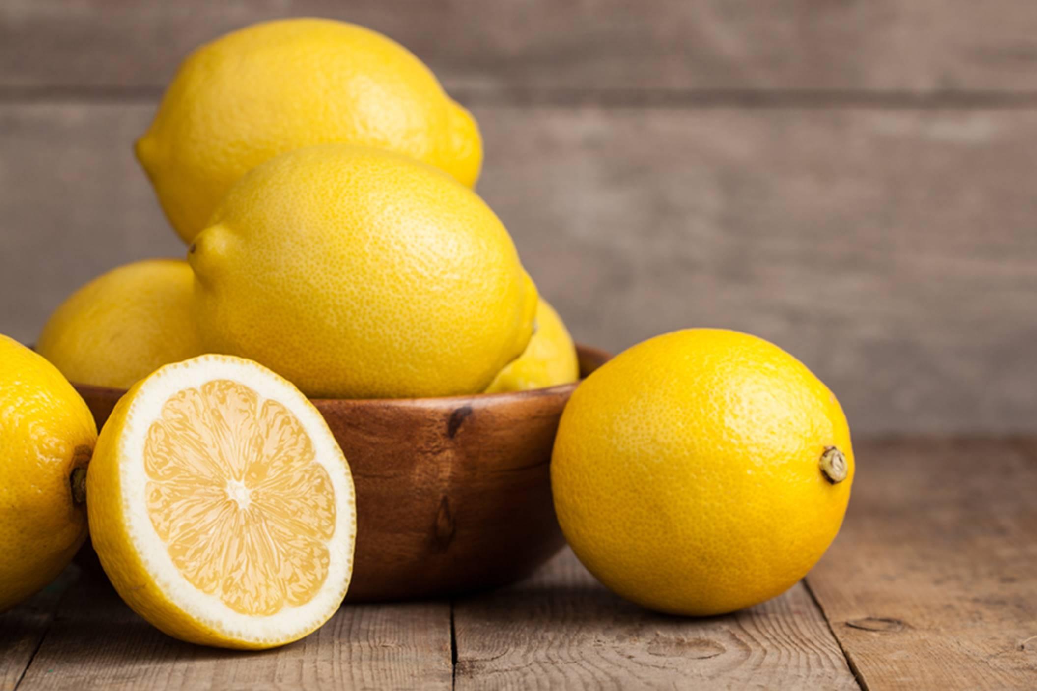 buah dengan kandungan vitamin C tertinggi