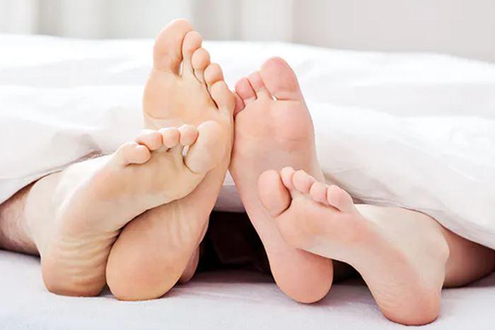 saat orgasme otot rahim berkontraksi sehingga mempercepat keluarnya darah haid